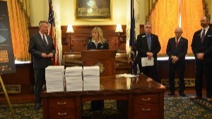 House Caucus Applauds Governor Little